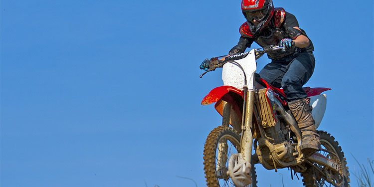 motorcycllists_0002_motocross-415355_1920